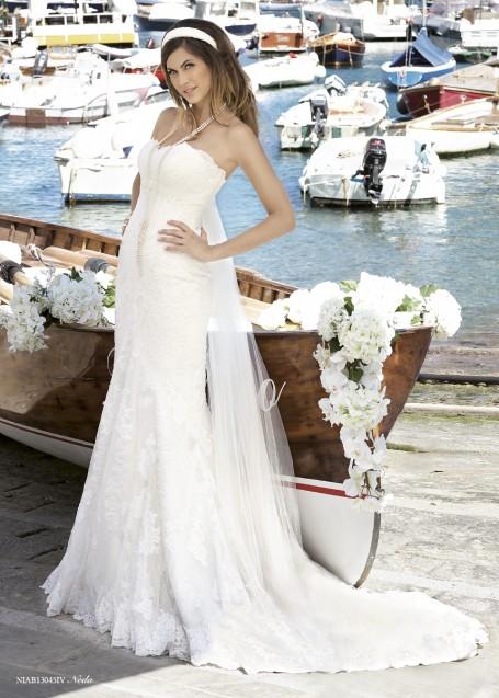 イタリア直輸入の上質なレースを使用したマーメイドドレス